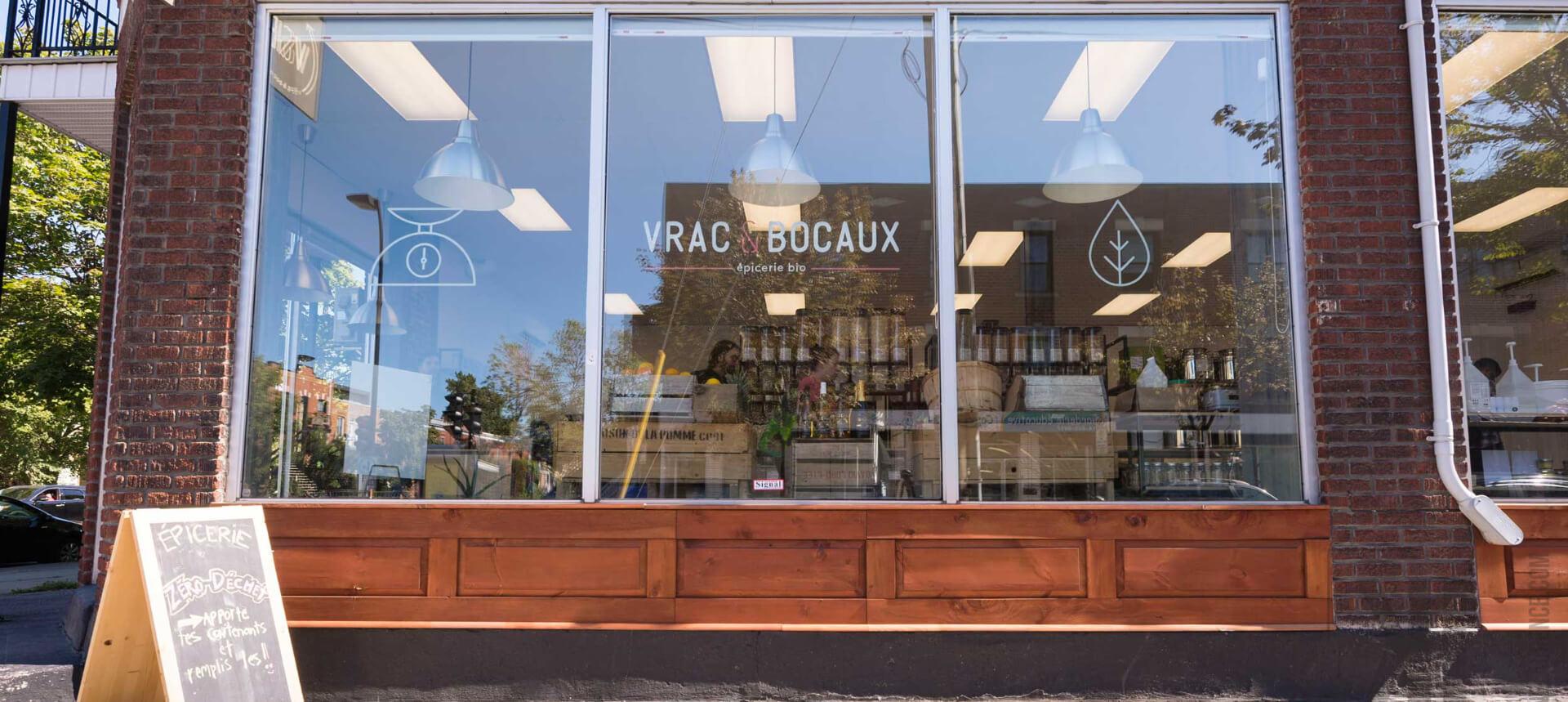 vitrine boutique vrac et bocaux
